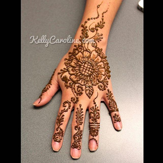 Henna Tattoo Design Book