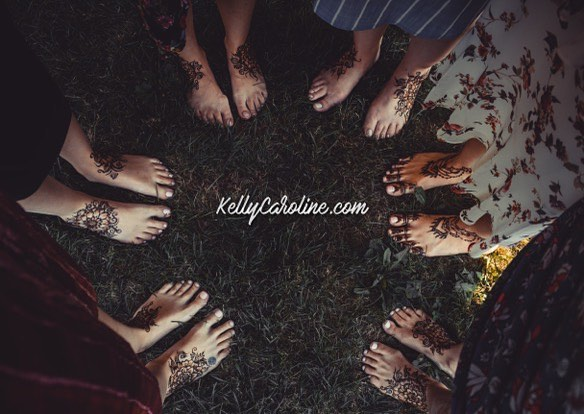 Henna for a really sweet group of girls for a modern take on a Turkish tradition . This was at an AWESOME wedding venue here in #annarbor @frutig_farms . . . Studio appointments to book your summer henna 734-536-1705 kelly@kellycaroline.com . #henna #hennas #hennaartist #hennaparty #kellycaroline #michigan #michiganartist #dearborn #dearbornheights #mehndi #mehndidesign #tattoo #tattoos #ink #organic #hennadesign #hennatattoo #hennatattoos #flower #flowers #yoga #yogi #mandala #ypsi #ypsilanti #detroit #turkish #wedding
