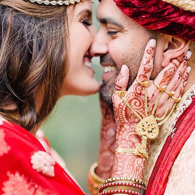Love is real . . . Photo by @mishellelamarandphotographer . Kelly@kellycaroline.com #henna #hennas #hennaartist #kellycaroline #michigan #michiganartist #dearborn #southasianbride #southasianwedding #indianwedding #desi #weddinghenna #dearbornheights #mehndi #mehndidesign #canton #tattoos #ink #hennadesign #hennatattoo #hennatattoos #flowers #yoga #yogi #mandala #desiwedding #annarbor #annarbormichigan #mehndi #hennastain #hennaloungestain