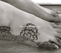 fatima_feet_bw_small