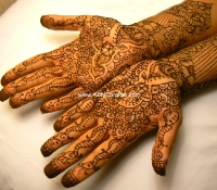 fatima_hands_full_white_small