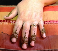 finger_henna_tattoo
