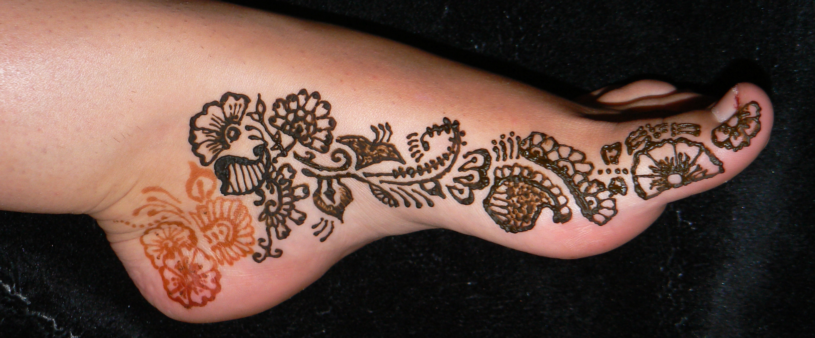 Henna Hands, Palms & Feet | Kelly Caroline