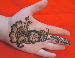 flower and paisley hand henna
