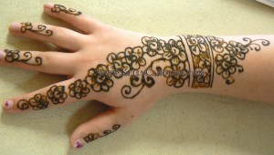 henna_flower_cluster_hand_small copy