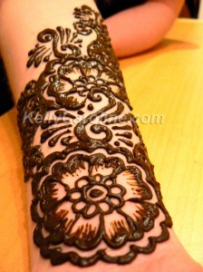 henna tattoo, forearm, design, floral, paisley