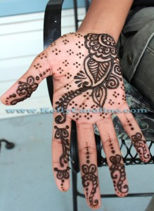 henna artist, michigan, hand design