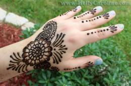 Henna Flower – simple henna design