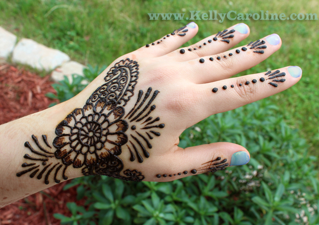 Big Flower Mehndi Design : Henna flower simple design kelly caroline