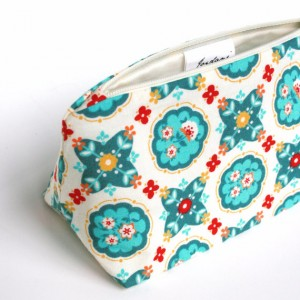 turquoise and red, hand bag, floral print