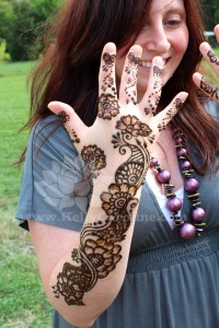 bridal henna in michigan, henna artist, mehndi for wedding