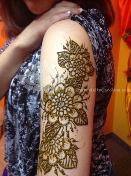 Mehndi Tattoos For Arm : Henna on arm kelly caroline