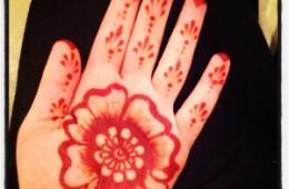 Quick henna design