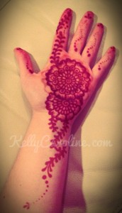 Simple henna design, henna on hand
