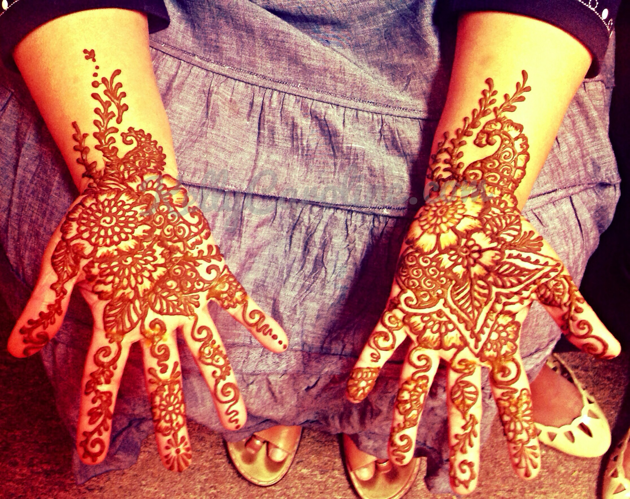 mother of the bride, henna design, indian wedding