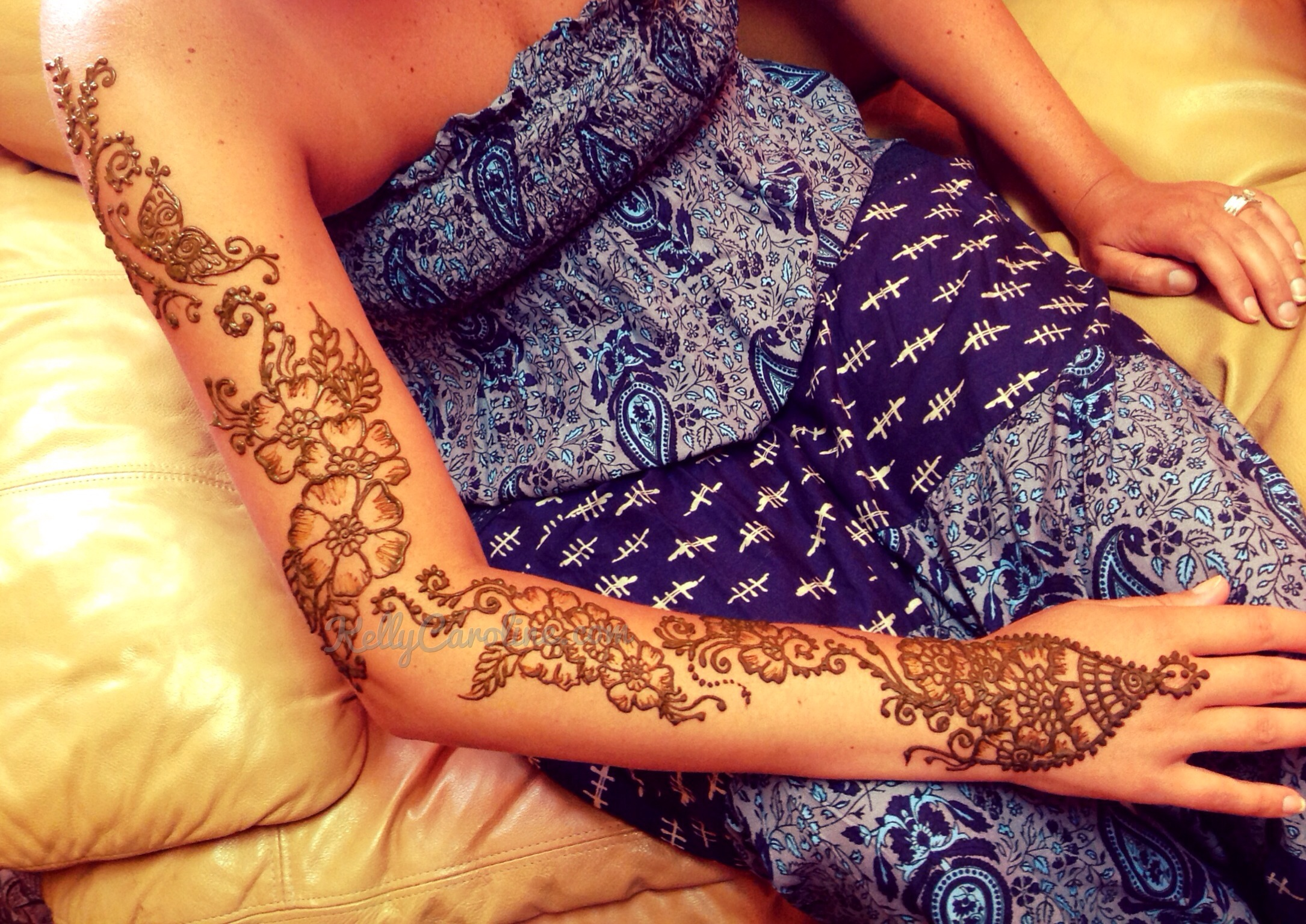 henna sleeve with flowers