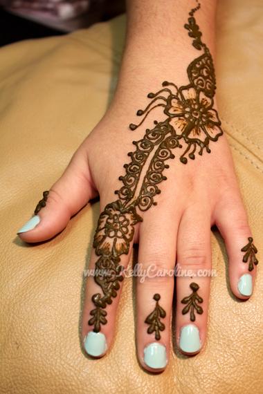 floral hand henna design