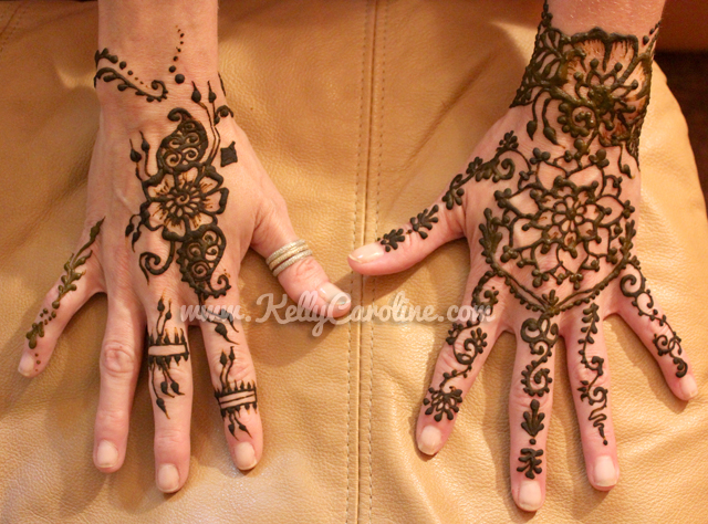 henna design for the top of hands, henna designs on hands, floral henna design, finger henna detail