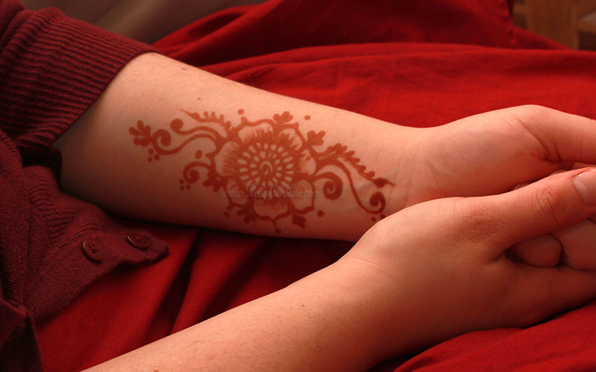 henna tattoo , henna flower