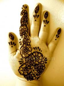 Mehndi on Hand