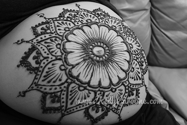 henna_baby_belly_design