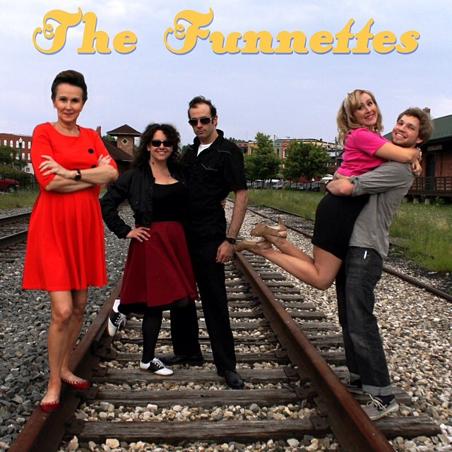 The Funnettes –  My family band #thefunnettes #ypsilanti #music #heritagefestival #michigan #retro #familyband #fun #kellycaroline
