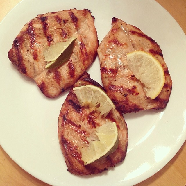 Lemon lime grilled chicken my husband made tonight XOXO #grilledchicken #lemonlime #lemon #lime #chicken #summer #dinner #grilled #yum #food #organic
