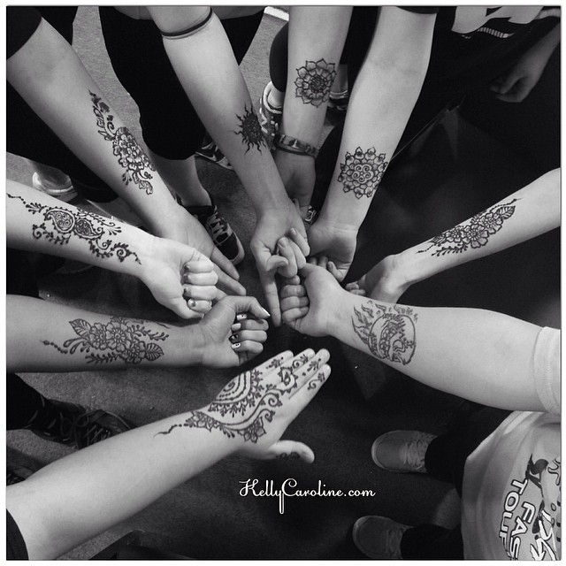 Henna party for a great group of ladies on a softball team