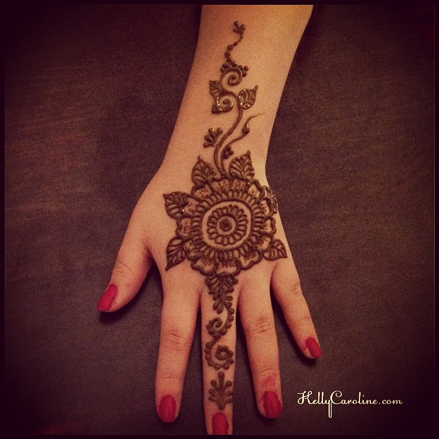 Another fun hand Henna design for the henna party – it was a great way to celebrate a 13th birthday party