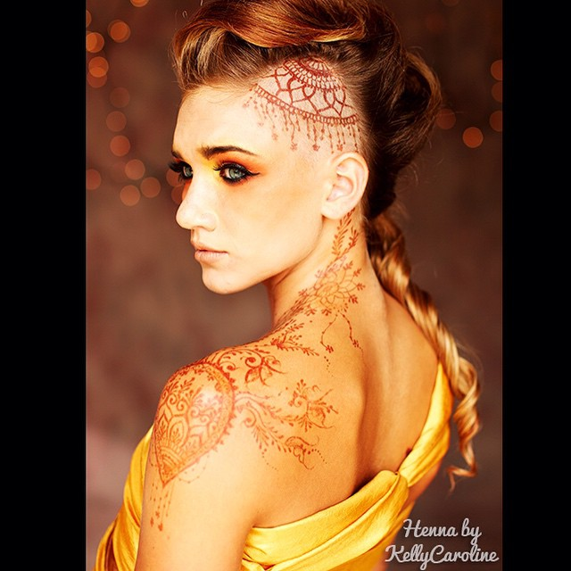 Henna for a lovely model - such a great photoshoot ! #henna #mehndi #model #michigan #michiganart #michiganhenna #hennaartist #tattoo #tattoos #hairstyle #makeup #yellow #orange #ink #brown #indie #natural #photo #photoshoot #kellycaroline #annarbor #royaloak