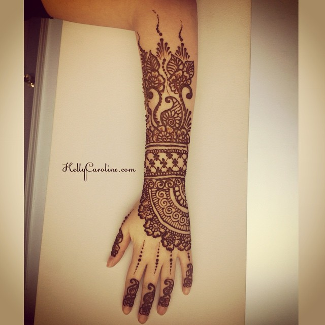 A close up of one of the newest henna designs from today. I love henna tattoos that come so far up the arm!