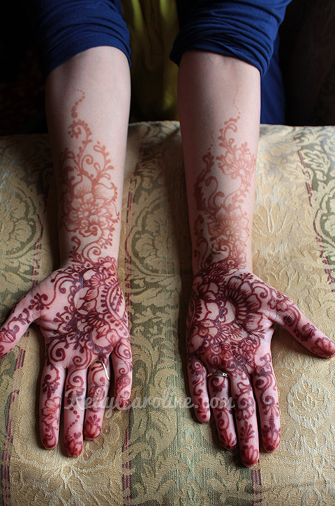 wedding henna artist in Michigan - bridal henna michigan Kelly Caroline