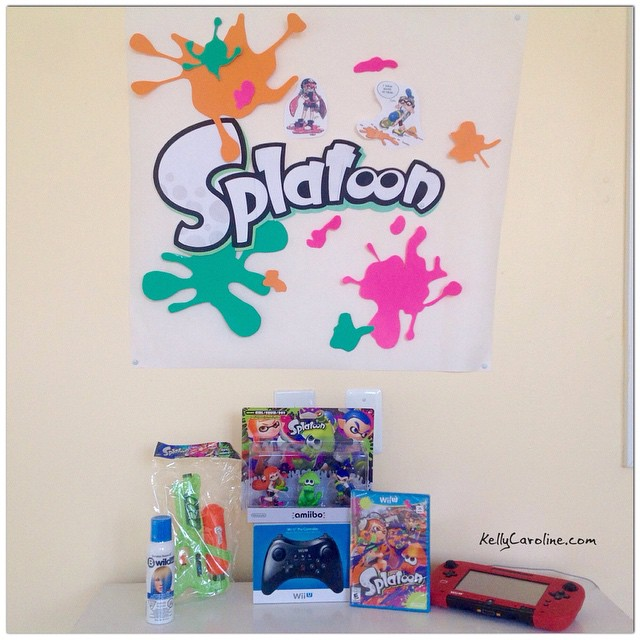 All set for our #Splatoon party tonight! Got out special edition Splatoon amiibos three pack! #amiibo #amiibos #procontroller #nintendo #splatoons #videogame #getinked #squid #inkling #inklingboy #inklinggirl #poster #art #hairdye #blue #splat #ink #gaming #wii #wiiu