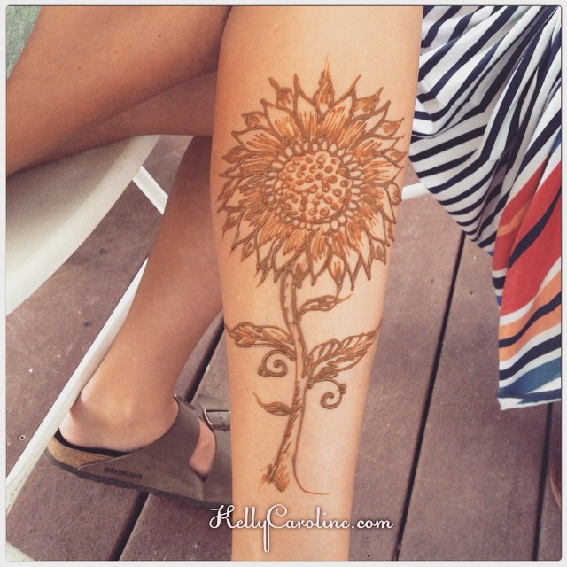 Sunflower henna tattoo for a guest at 1 of the 2 graduation parties from today. She really liked it - and it made me feel so good hearing how much she appreciated my art.. Feeling & expressing appreciation are scare commodities. I am blessed to have a position in this world where people are grateful for my gift and want me to share it. I believe everyone has a gift to share. Whether or not they are given an outlet & support for it makes all the difference. #henna #hennas #mehndi #kellycaroline #art #artist #design #sunflower #party #hennaartist #michigan #floral #flower #flowers #summer #tattoo #tattoos #ink #red #inked #organic #nature #yoga #movement