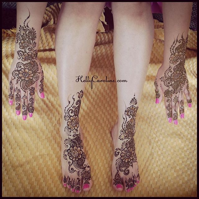 Indian bridal henna from this weekend in Sterling Heights. Her hot pink nail polish really makes her mehndi pop!