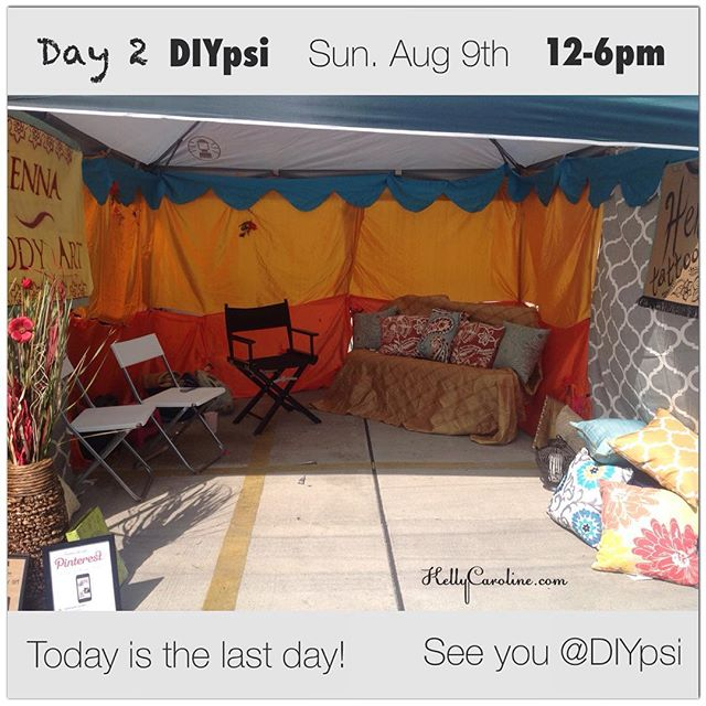 Today is the last day for @diypsi ! 12-6pm! I didn't get a chance to post a picture earlier because of all of you who came out for henna ️ Can't wait for day 2!