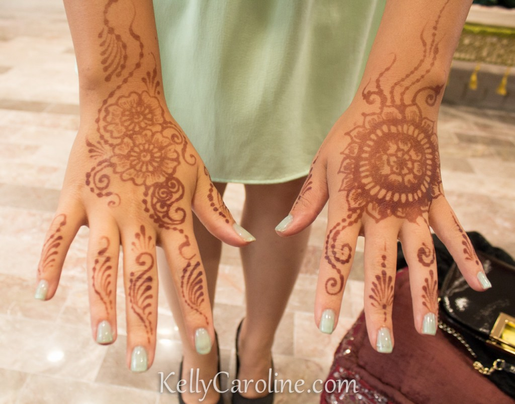 indian_sangeet_henna_designs_wedding, Henna after pictures - henna red stain on the hands at Sangeet