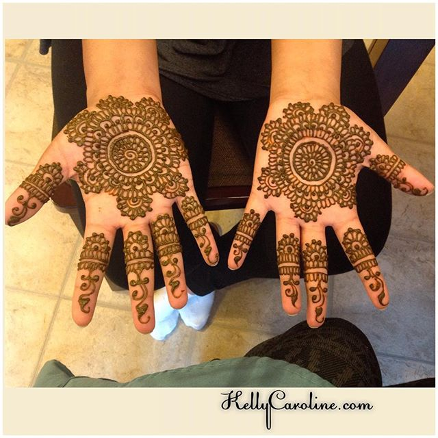 Henna for Diwali for some lovely clients today. They were so excited to have their mehndi done today. A great time to be a henna artist is when you can make all your clients so happy
