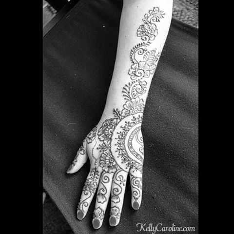 Single hand, close up from a past henna session