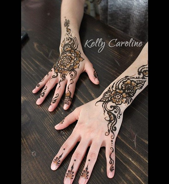henna design, henna design on the hand, henna, mehndi, vines, michigan, kelly caroline, henna michigan, tattoo