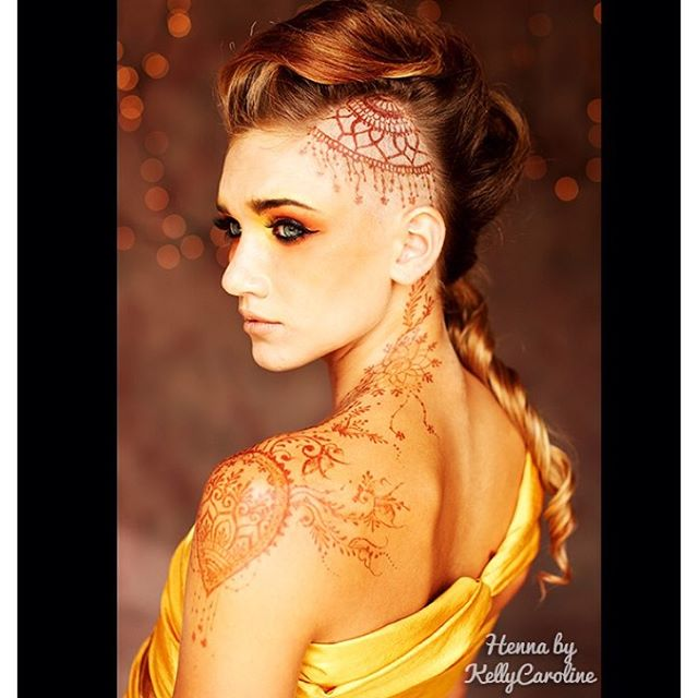 If you need an AMAZING henna powder or pre-mixed henna cones, you MUST try @hennalounge @hennagurusf 100% organic henna! It is the product I use and rely on to make great henna stains