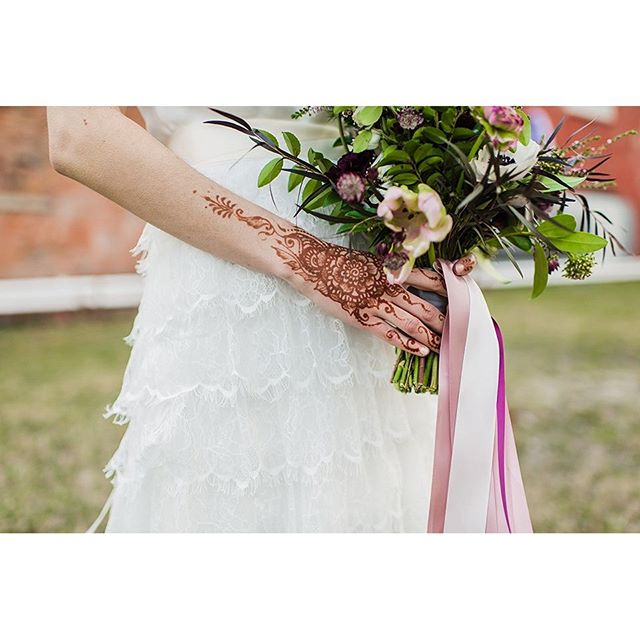 Henna design for our amazing bride @kate_and_corley photo by @chelseabphoto for