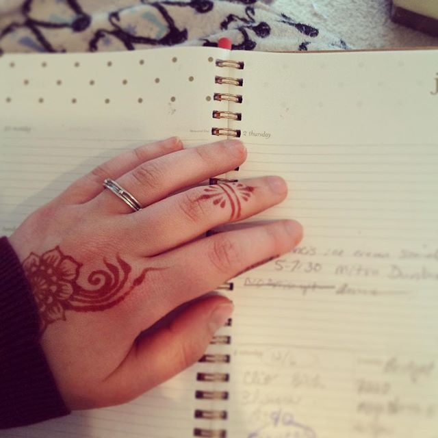 Reviewing latest henna gig bookings, double checking dates and times while some henna peeks out of my sleeve . . . private appointments available Monday-Saturday 2-5:30pm call 734-536-1705 or email kelly@kellycaroline.com #henna #hennas #hennaartist #kellycaroline #michigan #michiganartist #dearborn #dearbornheights #mehndi #mehndidesign #tattoo #tattoos #ink #organic #hennadesign #hennatattoo #hennatattoos #flower #flowers #yoga #yogi #mandala #art #artist #ypsi #ypsilanti #detroit