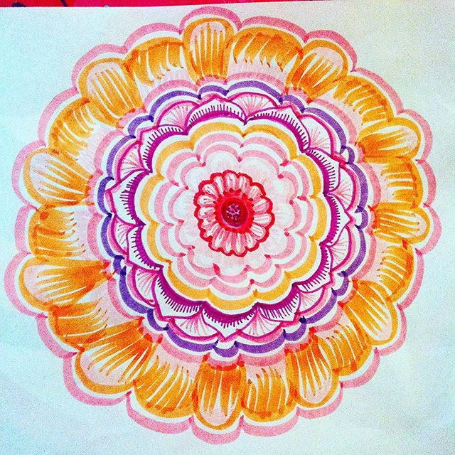 When you have limitless amounts of kids markers to use, sometimes this happens #tattoodesign #henna #hennas #ypsi #ypsilanti #detroit #michigan #michiganartist #kellycaroline #mehndi #mehndidesign #tattoo #tattoos #tattoodesigns #drawing #mandala #flower #flowers #ink #yoga #yogi #sketch_daily #artstagram #instartlovers #art_spotlight #justartspiration #arts_help #art_worldly