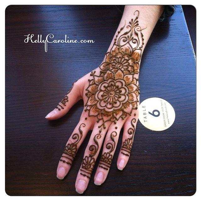 Another picture of @amandamaymoore henna today :: #henna #hennas #hennaartist #kellycaroline #michigan #michiganartist #dearborn #dearbornheights #mehndi #mehndidesign #tattoo #tattoos #ink #organic #hennadesign #hennatattoo #hennatattoos #flower #flowers #yoga #yogi #mandala #ypsi #ypsilanti #detroit #birthdayparty #canton