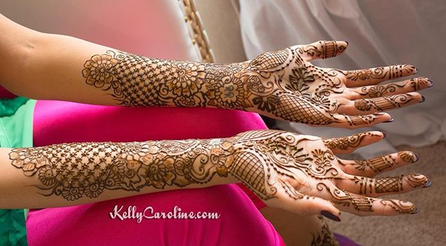 A picture from yesterday's bridal henna . The lacey details were most important to this bride so I designed her mehndi around that idea . . .