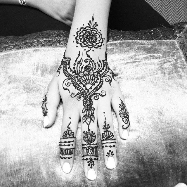 henna today ::