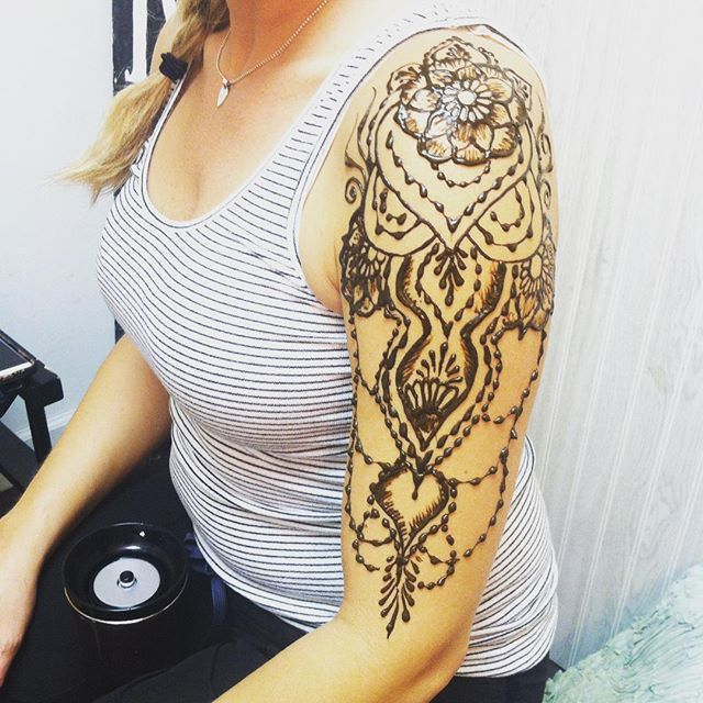 henna yesterday in the studio ::