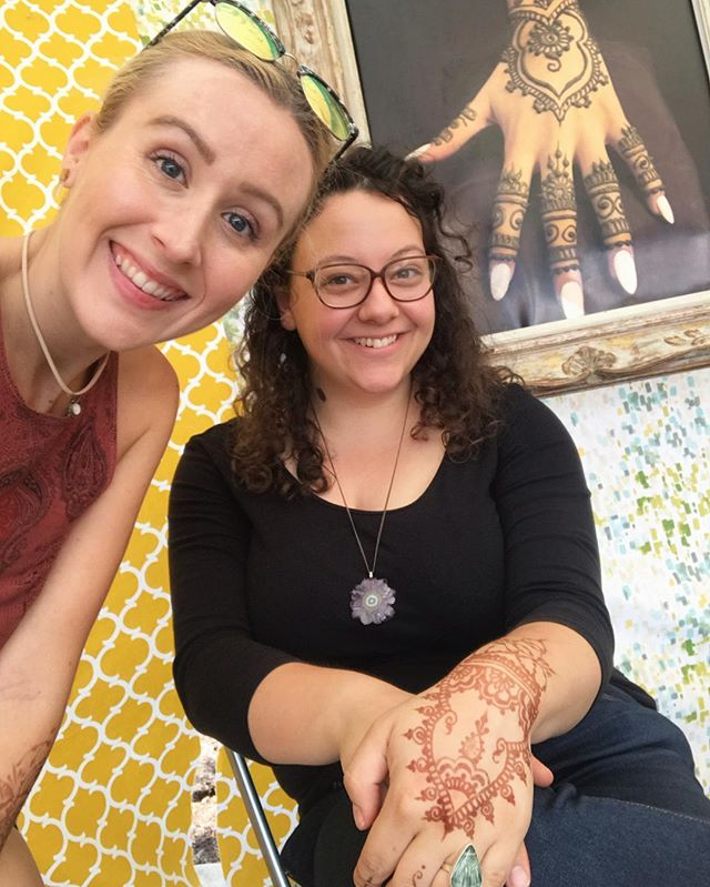 A photo of me and my booth babe , my main squeeze @shalisabird at @diypsi last weekend. Could bring you all the lovely henna without this lady by our side at festivals . And yes I am sportin my favorite jewelry pieces from the one and only @world_of_rocks_ypsi #henna #hennas #hennaartist #kellycaroline #michigan #michiganartist #dearborn #dearbornheights #mehndi #mehndidesign #tattoo #tattoos #ink #organic #hennadesign #hennatattoo #hennatattoos #flower #flowers #yoga #yogi #mandala #ypsi #ypsilanti #detroit #birthdayparty #canton #diypsi