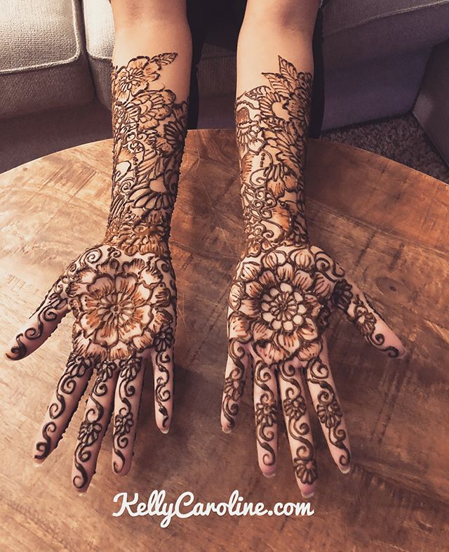 Here is the henna for a winter wedding Mehndi Party in Ann Arbor last night Kelly@kellycaroline.com